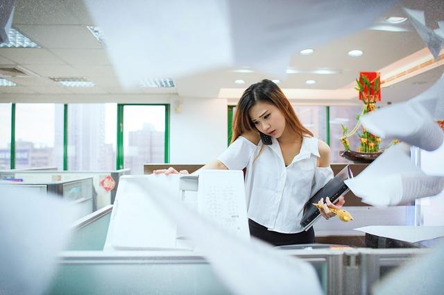 trabajador-multitarea