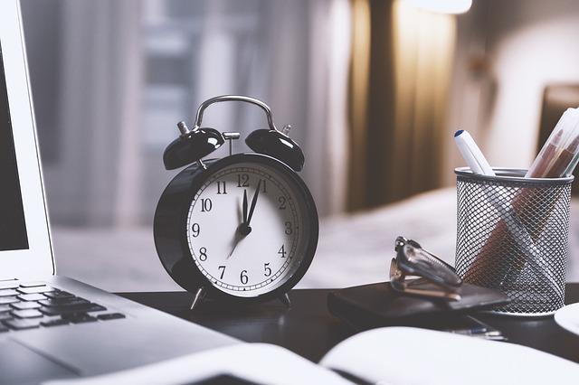 diferencia-horas-extra-y-horas-complementarias
