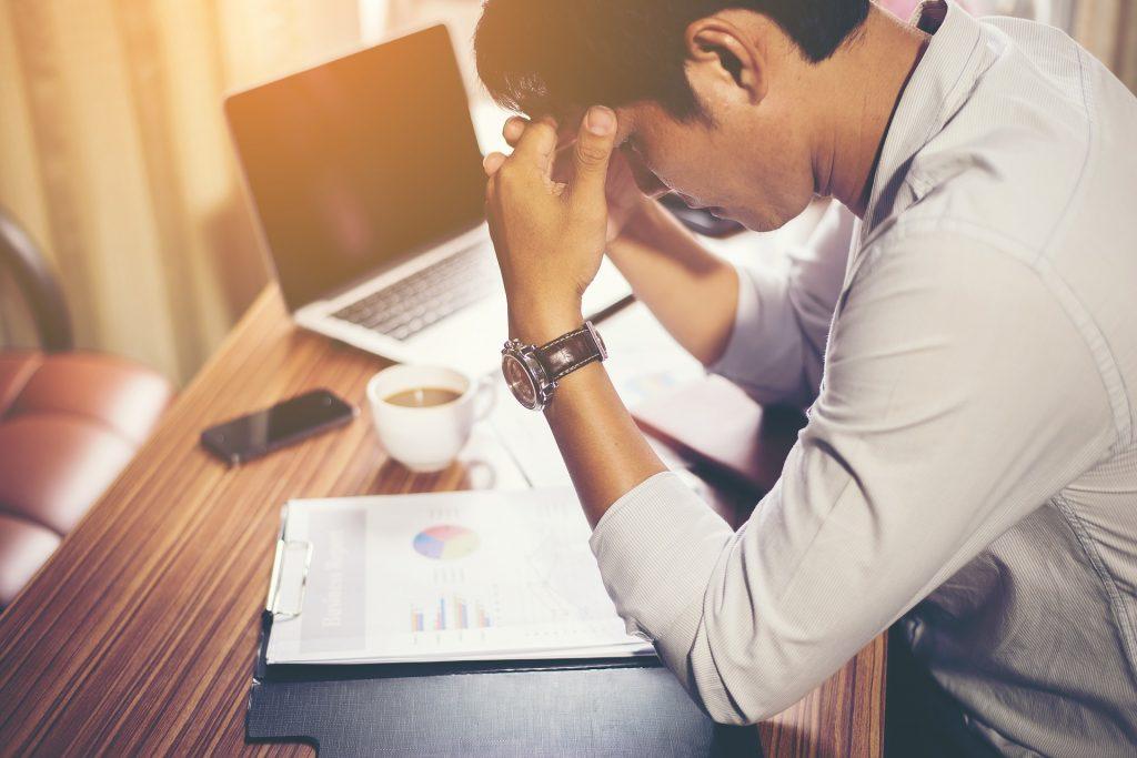 qué es el estrés laboral y por qué aparece