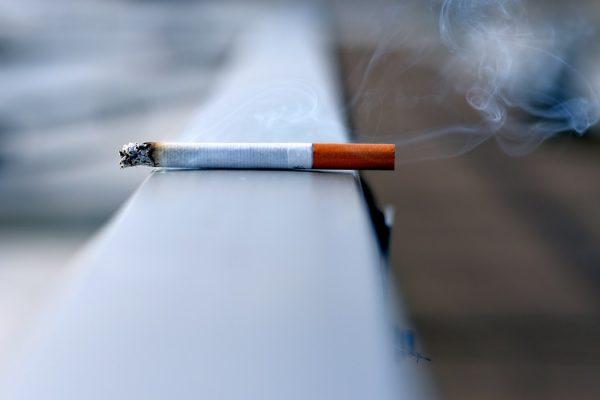 Descuentos por ausencias de café o fumar